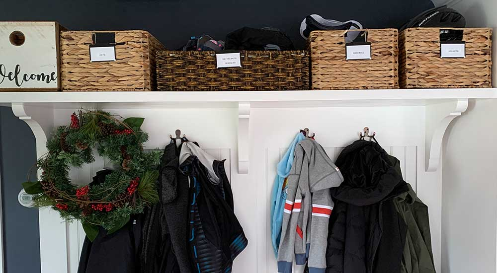 An Organized Life - Decluttering and Organizing