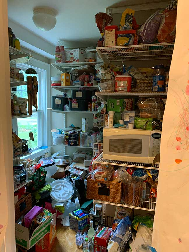 An Organized Life - Kitchen & Pantry Before